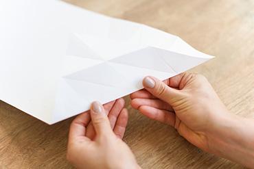 DIY-cone-glace-en-papier-11