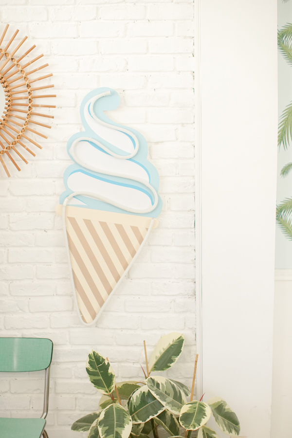 DIY-neon-glace-make-my-lemonade-27