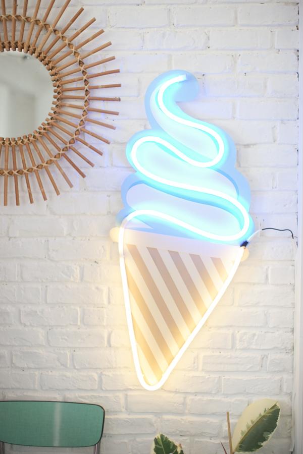 DIY-neon-glace-make-my-lemonade-30